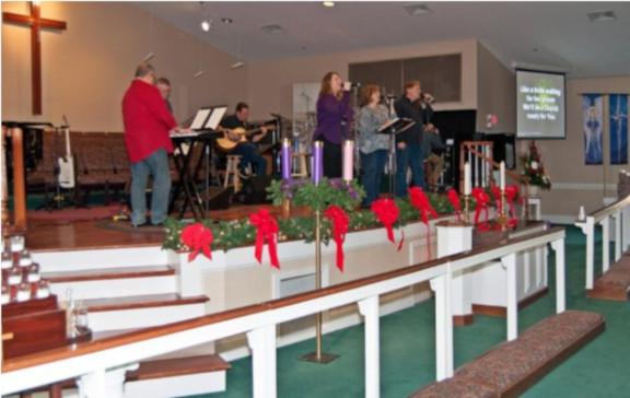 Bascomb Praise Band