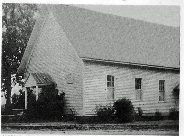 A picture of the original Bascomb UMC building.